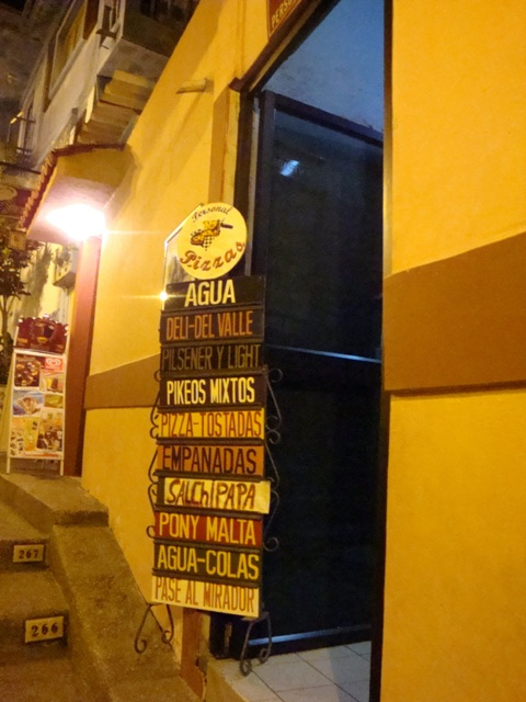 Tiendas en el Cerro Santa Ana