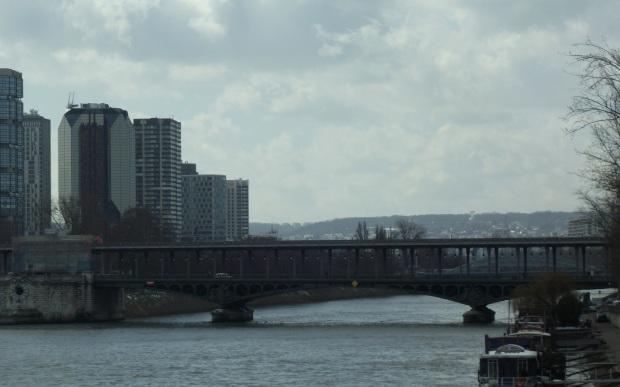 Puente Bir Hakeim