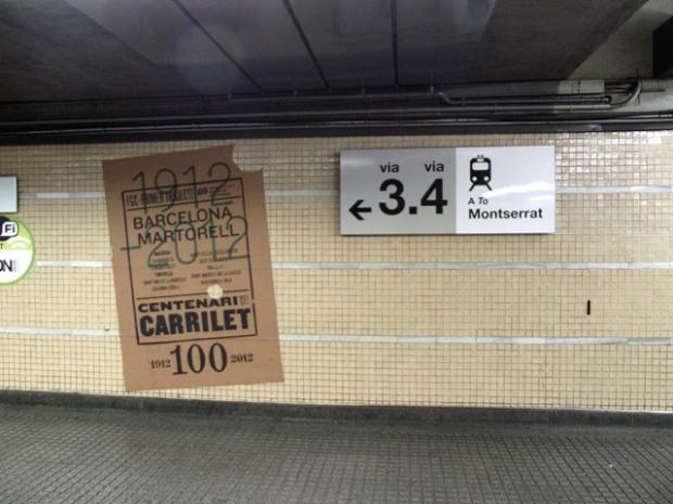 Cartel informativo en Estación Plaza Espanya