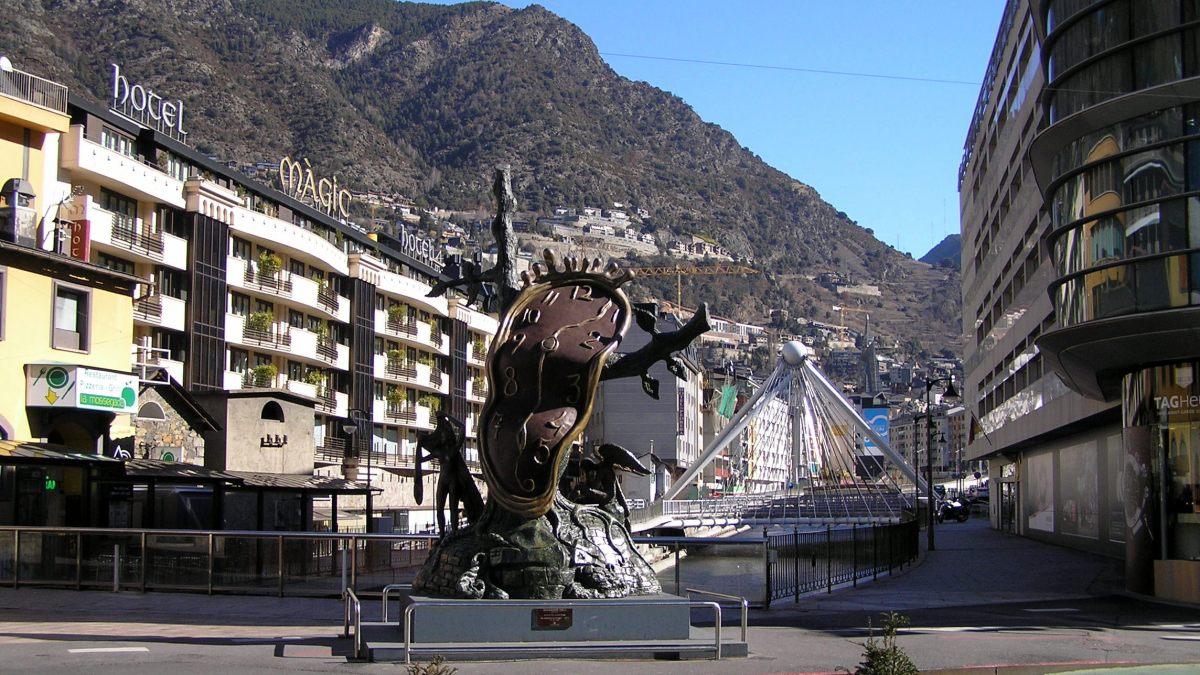 Como usar el transporte público en Andorra la Vella