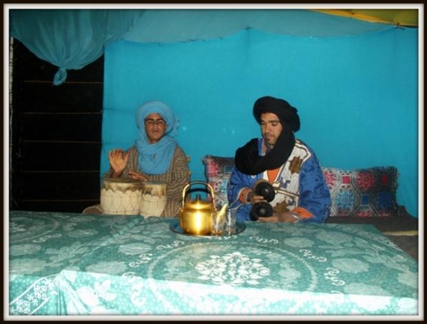 Nuestros anfitriones en el desierto