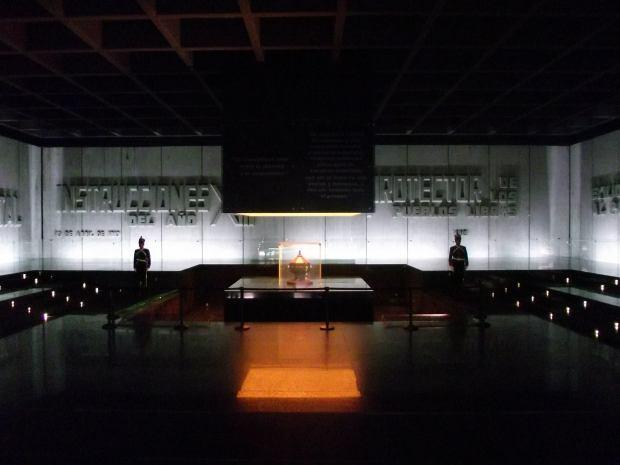 Mausoleo de Artigas
