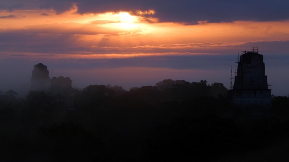 Tikal: la ciudad de las voces