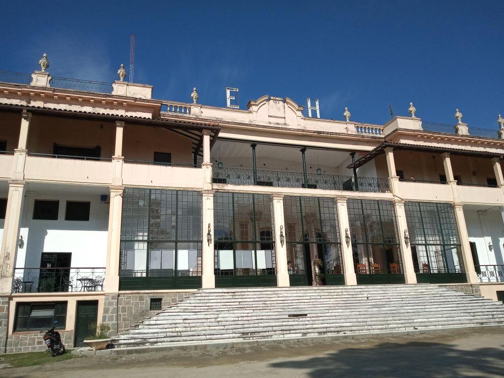 Fachada del Hotel Edén, La Falda